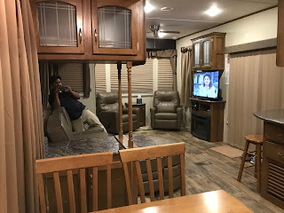Staying in an RV - Labor Day Weekend in the US